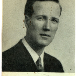 1936-00-00 Hurst photo.jpg